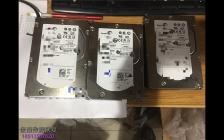 三块服务器SAS硬盘 二次开盘 ,无尘室里打开一看全部划伤了